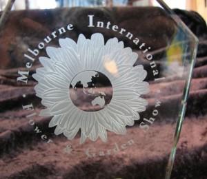 flower-trophy