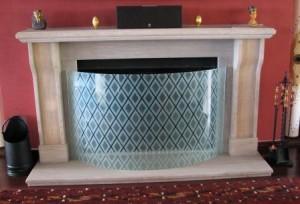 bent-glass-firescreen